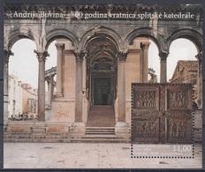 CROATIA 1139,block 54,unused - Eglises Et Cathédrales