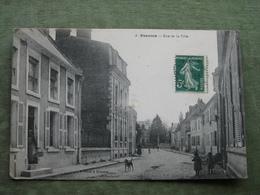 SISSONNE - RUE DE LA VILLE ( Scan Recto/verso ) - Sissonne