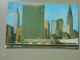 ETATS UNIS NY NEW YORK CITY MANHATTAN UNITED NATIONS BUILDINGS WITH EAST RIVER ..... - Manhattan