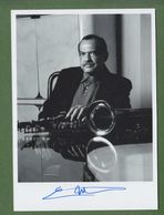 ERNIE WATTS AUTOGRAPH / AUTOGRAMM   In Person Signed Glossy Photo 13/18 Cm  5/7 Inch  *Photo Signee* JAZZ - Autographs