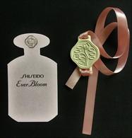 NEW SHISEIDO EVER BLOOM  PERFUMEE CARD AND BRACLETTE AUSTRALIA - Cartes Parfumées