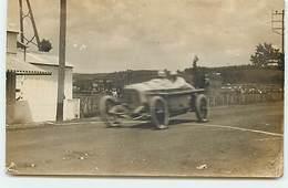 Carte Photo - Voiture Sur Un Circuit De Course - Sport Automobile