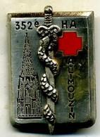 Insigne CHA-,hopitaux Des Armées, LIMOUZIN___drago - Services Médicaux