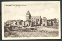 +++ CPA - BASTOGNE - Porte De Trêves Et L'Eglise   // - Bastenaken