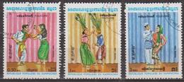 Folklore - KAMPUCHEA - Danses, Costumes - N° 383-384-385 - 1983 - Kampuchea