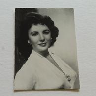 ELISABETH TAYLOR - Photo Paramount - Actors