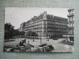 CPA 21 DIJON PLACE DARCY HOTEL DE LA CLOCHE VOITURES ANCIENNES - Dijon