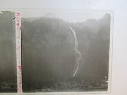 SUISSE - MEIRIGEN - Chutes Du Reichenbach - Plaque De Verre Stéréoscopique 6 X 13 - TBE - Plaques De Verre