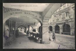 CPA Lons-le-Saunier, Les Arcades - Lons Le Saunier