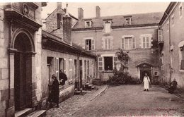 Baugé Animée La Maison De Retraite Communauté Du Sacré-Coeur De Marie - Other Municipalities