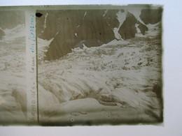 CHAMONIX - GLACIER DES BOSSONS  -  Alpinistes Au Loin -  Plaque De Verre Stéréoscopique 6 X 13 - TBE - Plaques De Verre