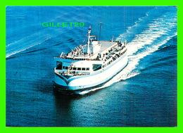 "SHIP, BATEAU - "" M/V QUEEN OF VICTORIA "" B.C. FERRY - MAJESTIC POST CARD - W. J. L. GIBBONS - - Ferries"