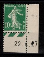 """Petit Coin Daté Avec Variete (2 De 27 """"plein"""") Semeuse YV 159 N** Du 22/4/27 - ....-1929"""