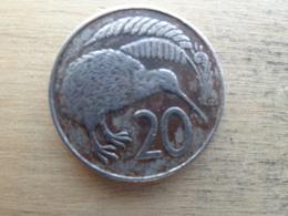 New Zealand   20  Cents  1967  Km 36.1 - Nouvelle-Zélande
