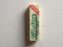 Magnet Publicitaire FREEDENT - Publicitaires