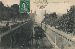 Train Ligne Des Invalides à Paris 16 Eme . Vers L' Aubriere St Romain 41 - Trains
