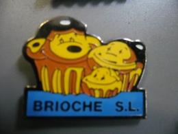 Pin's BRIOCHE S.L @ 25 Mm X 20 Mm - Food