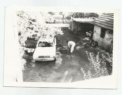 Man Wash Your Car In The Yard Fg363-152 - Identifizierten Personen