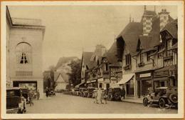 14 / DEAUVILLE - Rue Du Casino, Commerces (animée) Années 30 - Deauville