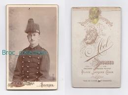 Photo Cdv D'un Militaire, 1 Sur Col, Photographe Abel, Bourges - Guerre, Militaire