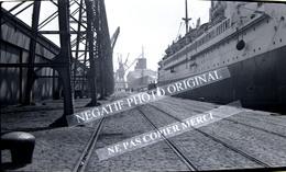NEGATIF PHOTO Bateau Paquebot à Quai CGT Compagnie Générale Transatlantique Le Havre 1939 ? Grue - Boats