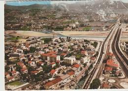 C. P. - PHOTO. -  SAINT LAURENT DU VAR - VUE PANORAMIQUE AÉRIENNE - LA GARE - NICE -345-60 - CIM - Saint-Laurent-du-Var