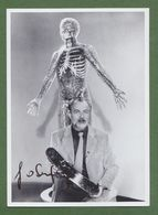 HOIMAR VON DITFURTH AUTOGRAPH / AUTOGRAMM   In Person Signed Glossy Photo 13/18 Cm  *Photo Signee* - Autographes