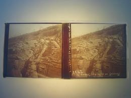 Plaque En Verre Positif , Guerre 14/18 - LES EPARGES 1916 - POSTE DE SECOURS. - Plaques De Verre