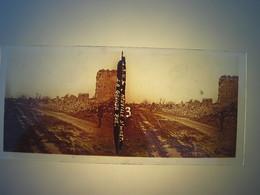 Plaque En Verre Positif , Guerre 14/18 - NEUVILLE St WAST - LA GRANDE RUE. - Plaques De Verre