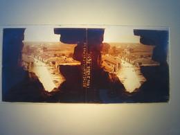 Plaque En Verre Positif , Guerre 14/18 - BETHELAINVILLE VU PAR UN TROU D OBUS. - Plaques De Verre