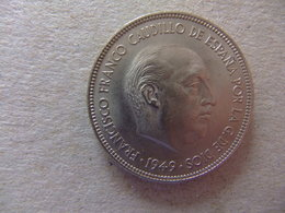 España  Duro ó 5 PESETAS  FRANCO 1949  Estrellas *19 - 50  * - [ 5] 1949-… : Reino