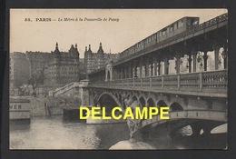 DD / CHEMINS DE FER / MÉTRO / LE MÉTRO À LA PASSERELLE DE PASSY / 1915 - Métro