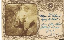 LAOS - Plateau Des Bolovens - Jeune Fille Khas Porteuse D'eau - 1906 Par Chef  Bureau Militaire De La Garde Indigène - Laos