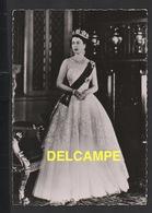 DD / FAMILLES ROYALES / ROYAUME-UNI / LA REINE ELIZABETH II - Familles Royales
