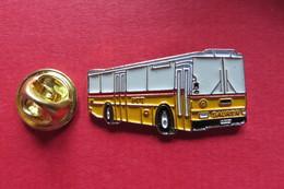 Pin's,Car,Bus,PTT, SAURER,Postauto,Suisse,limitée No 0892 - Transports