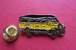 Pin's,Car,Bus,PTT, ALPENWAGEN SAURER 1920,Postauto,Suisse, - Transports