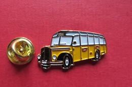 Pin's,Car,Bus,PTT, SAURER,Postauto,Suisse, - Transports