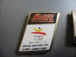 Pin's MARS Snackfood  Barcelona 1992 Jeux Olympiques D'été J.O @ PINS 23 Mm X 17 Mm - Alimentation