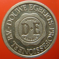 KB110-2 - DE DOUWE EGBERTS - De Meern Utrecht - WM 22.5mm - Koffie Machine Penning - Coffee Machine Token - Professionnels/De Société