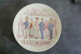 Assiette Sarreguemines U&C - Exposition Universelle De 1889 -  Belgique - Hollande - Suède & Norvège - - Sarreguemines (FRA)