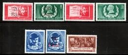 ROUMANIE - N°1202/8 **  (1952) Dramatuge : I-L Caragiale - 1948-.... Républiques