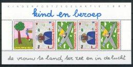 NEDERLAND 1390 MNH** Blok 1987 - Kinderzegels, Kind En Beroep - Bloks
