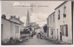 HAUTE GOULAINE (44) : LE HAUT DU BOURG ET L'EGLISE - ECOLIERS - ECRITE EN 1949 - 2 SCANS - - Haute-Goulaine
