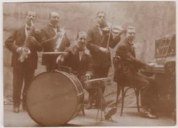 Photo  Vers 1923  Musique Orchestre Jazz Avenue Hoche - Automobiles