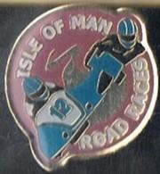 ISLE OF MAN -  MOTO - COURSE SUR ROUTE - Motos