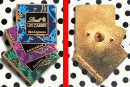 Arthus Bertrand : Les 3 Carrés De Chocolat LINDT - Arthus Bertrand