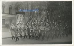 NSDAP - Gau Hamburg - Aufmarsch Von Angehörigen Der NSDAP In Hamburg Am 17. August 1934 - Politische Leiter - Guerre, Militaire