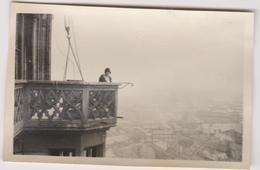Photo   Vers 1926 A 67 Strasbourg En Haut De La Cathedrale - Autres