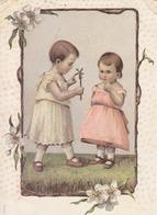 Deux Jeunes Enfants Jouant Avec Une Fleur- Série Mausi N° 977 - Scenes & Landscapes
