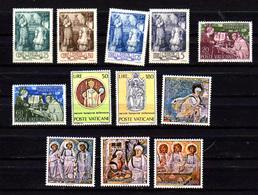 1943-90   Vatican, Séries Neuves, Entre 105 Et 881**, Cote 25 € - Vatican